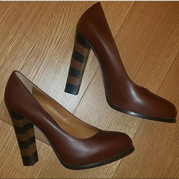 bb51299f11f FENDI 'Pequin' Brown Leather Pump Size 38